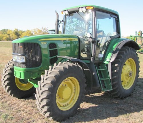 John Deere 7330  2WD or MFWD Tractors Diagnosis and Tests Service Manual (TM401119)