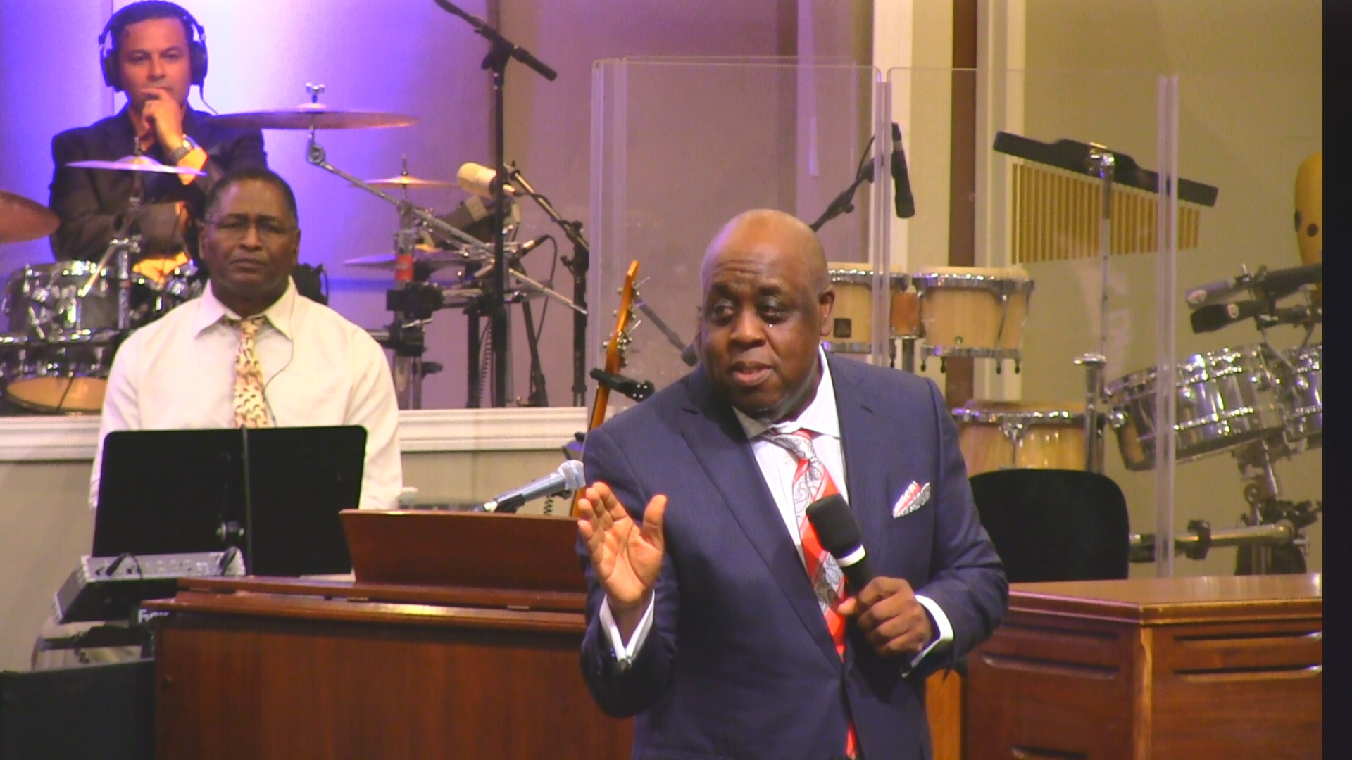 """Pastor Sam Emory 09-18-16am """" In A Moment """" MP4"""