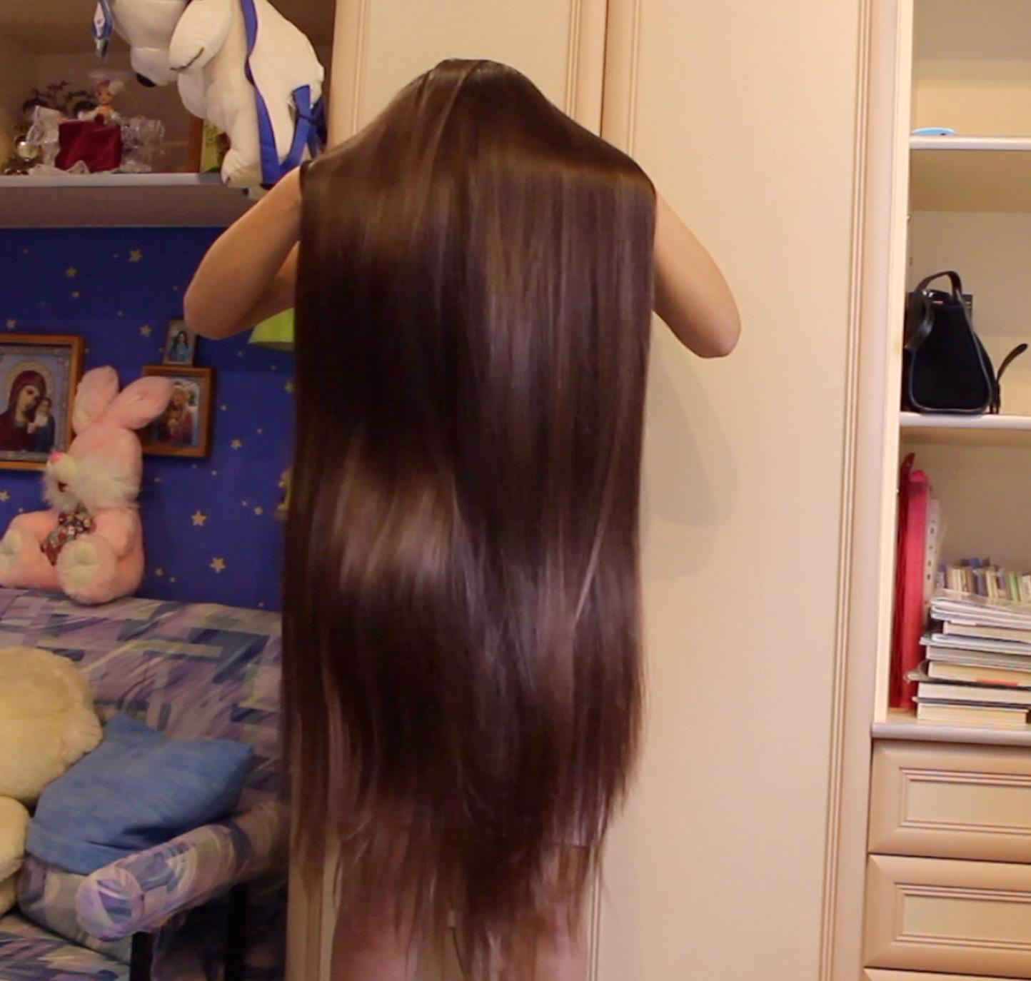 VIDEO - Silky hair = LOVE
