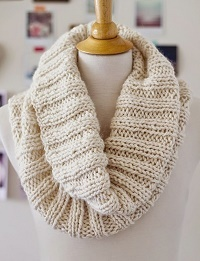 Easy Cozy Ribbed Cowl
