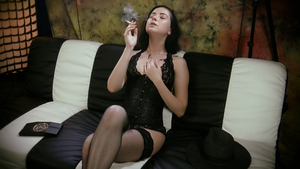 Smoking Model Natalia