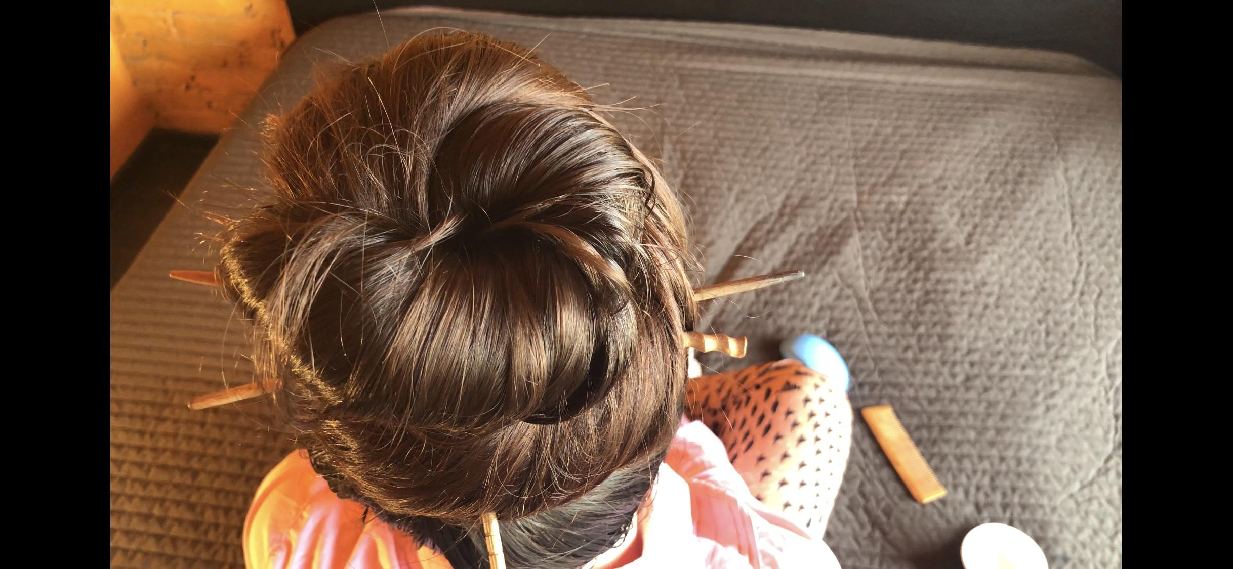 Oils spa for my hair. Massage scalp. Bun oils. 13 minutes.