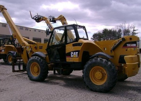 Caterpillar Cat TH560B Telehandler Operation and Maintenance Manual DOWNLOAD