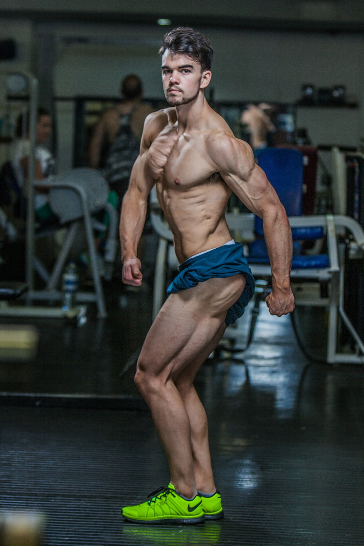 Bodybuilding Posing Manual