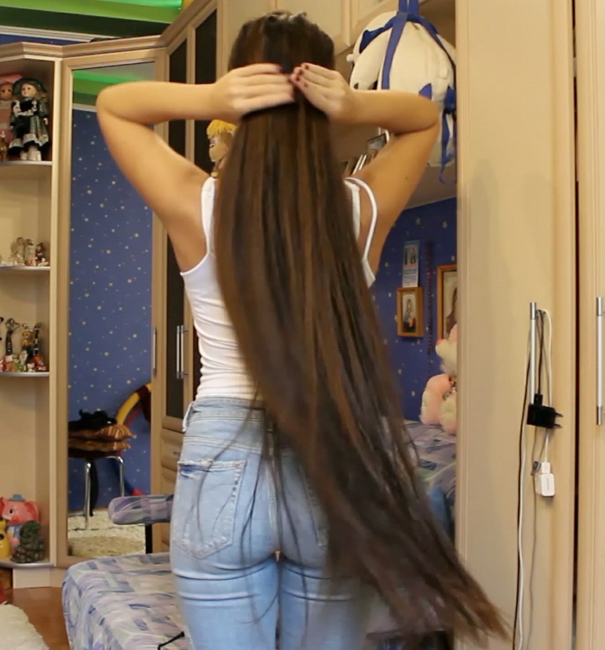 VIDEO - Diana´s hair drying