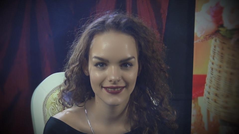 Smoking Model & Actress Julia 1