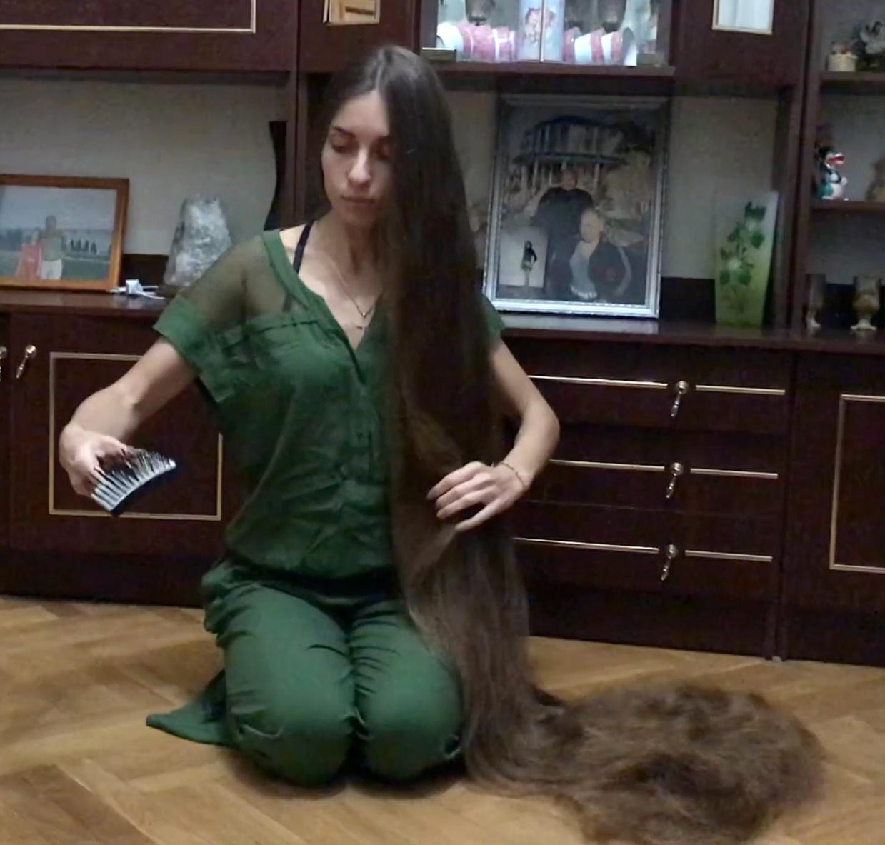 VIDEO - Floor show