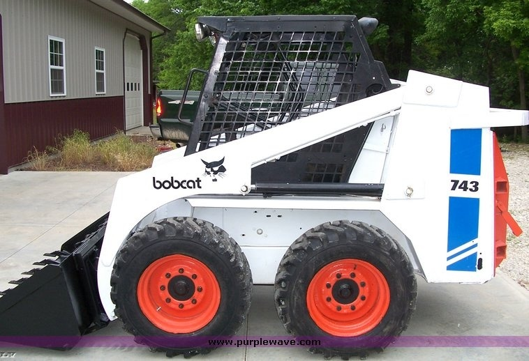Bobcat 741, 742, 743, 743DS Factory Service and Repair Manual