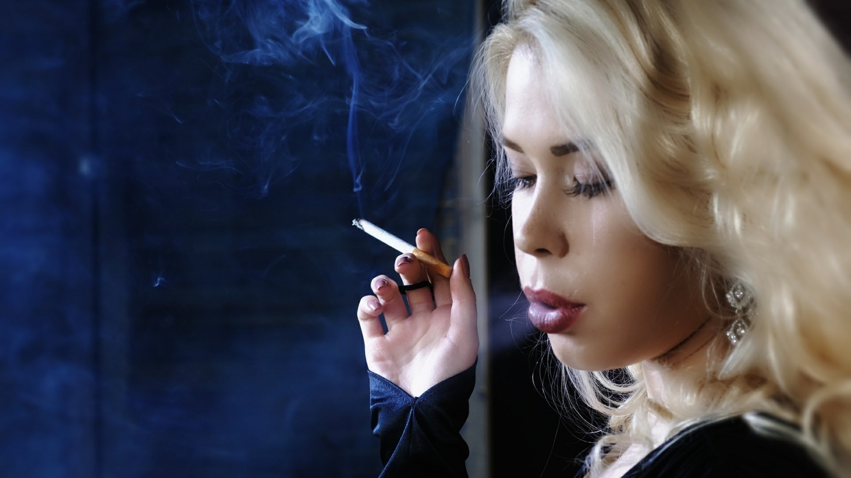 Smoking Model Elisha 1.