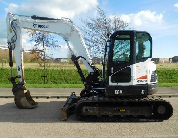 Bobcat E80 Compact Excavator Service Repair Manual (S/N AETB11001 & Above, S/N AET311001 & Above)