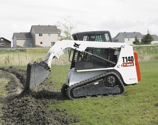Bobcat T140 Compact Track Loader Service Repair Manual (S/N 527111001 & Above, 527211001 & Above)