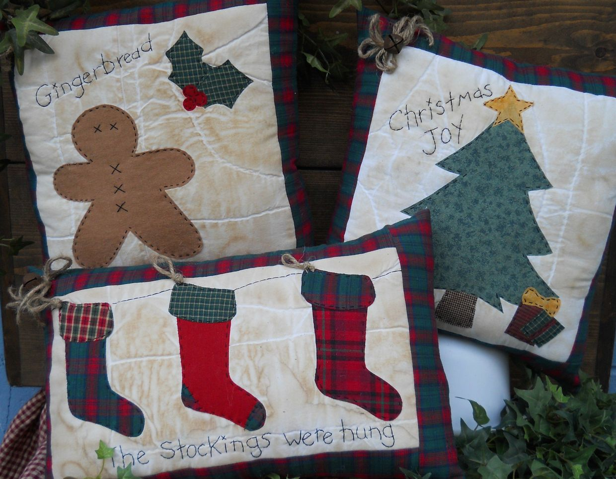#215 Christmas Is Coming E Pattern