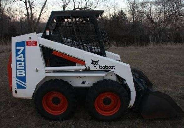 Bobcat 742B, 743B Skid Steer Loader Service Repair Workshop Manual DOWNLOAD