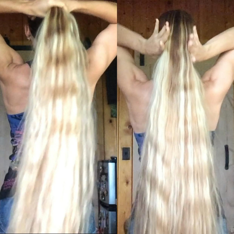 VIDEO - Kateryna´s knee length blonde hair