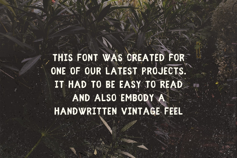 Fibre Vintage Font