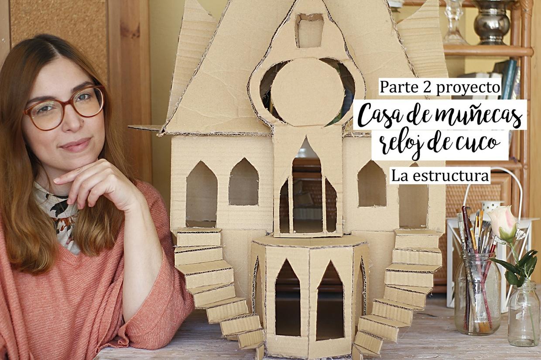Casa de muñecas reloj de cuco. Documento con plantillas, medidas y esquemas.