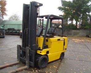 Caterpillar M70D, M80D, M100D, M120D Forklift Complete Workshop Repair Service Manual PDF