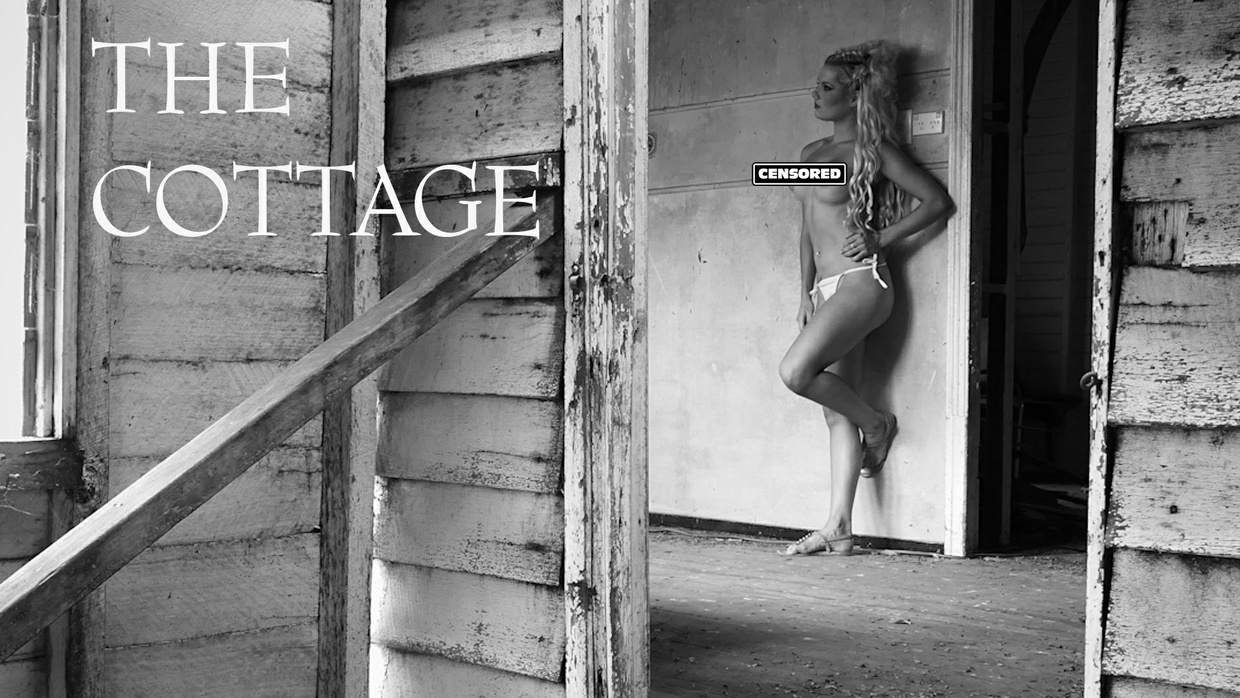 The Cottage - (Arty Black & White Nude Version) HD Video Screensaver