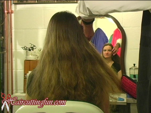 Debbie's Blonde Highlights and Trim - VOD Digital Video on Demand