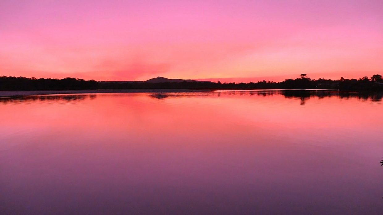 Motion Video Background - Sunrise on Lake Doonella