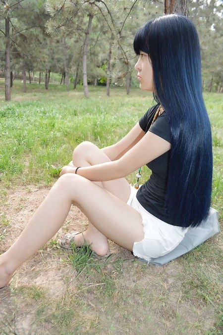 long colored hair show and cut