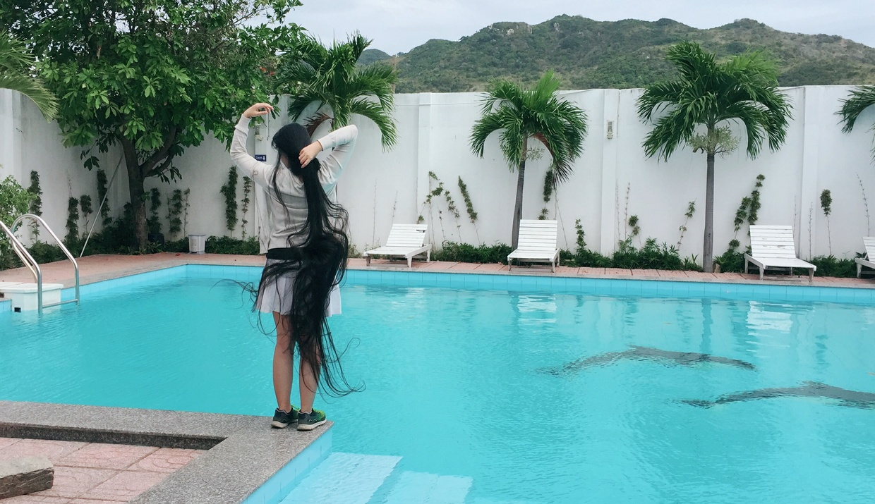 Long Hair in Long Hai town and The Pool