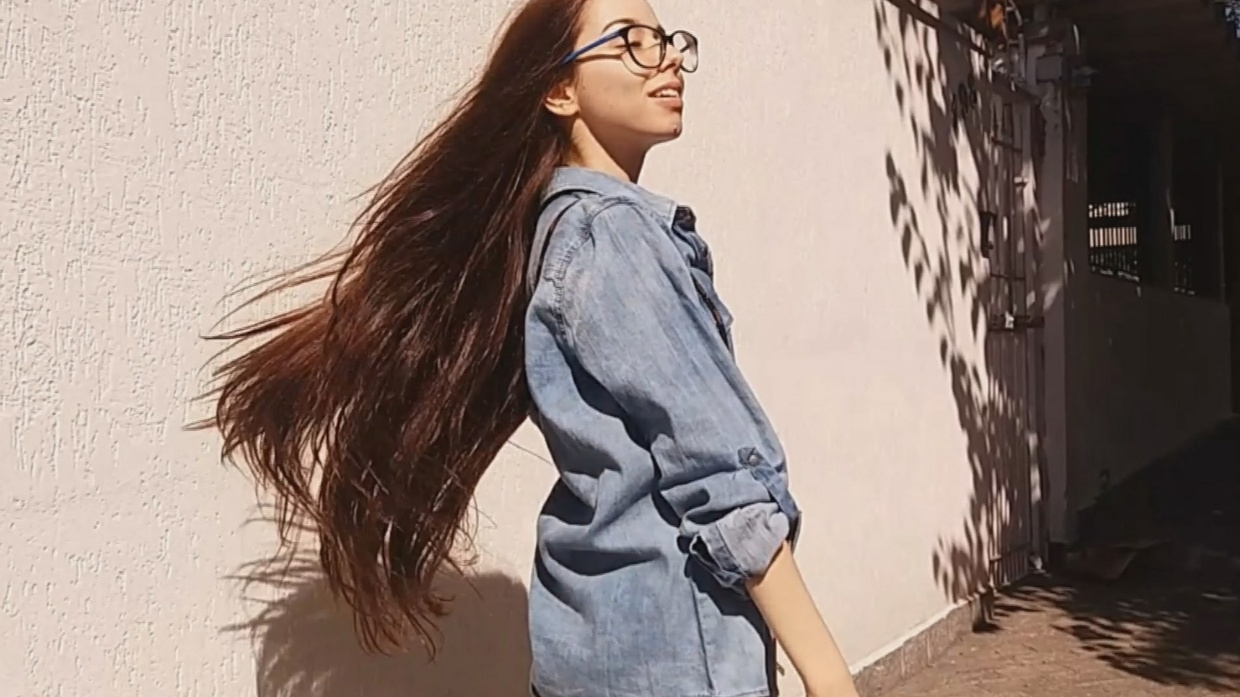 Jéssica Lyma - Gorgeous, Long Silky Brown Hair (New Version)