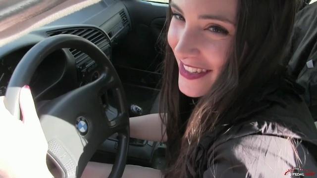 290 : Miss Iris in shorts and high heels meets again her boyfriend's BMW