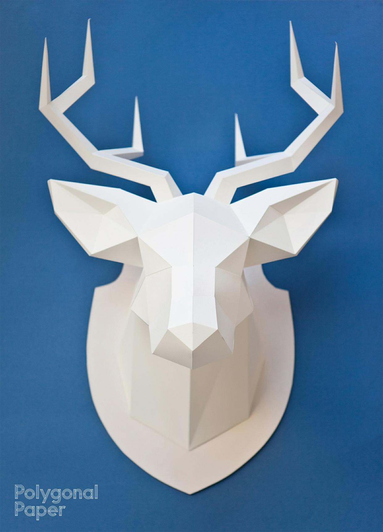 La plantilla 2d de la cabeza de ciervo (La instrucció