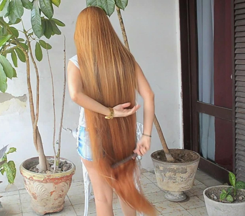 VIDEO - Brazilian Rapunzel´s silk