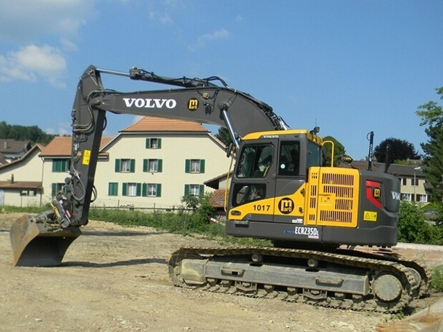 VOLVO ECR235D L (ECR235DL) EXCAVATOR SERVICE REPAIR MANUAL - DOWNLOAD