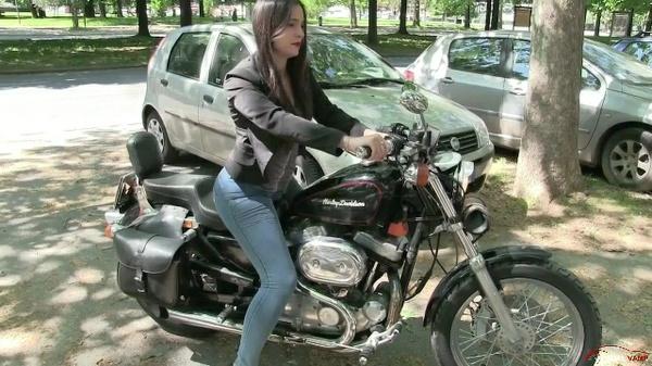 289 :  Miss Iris & the Harley Davidson nightmare - PART 2