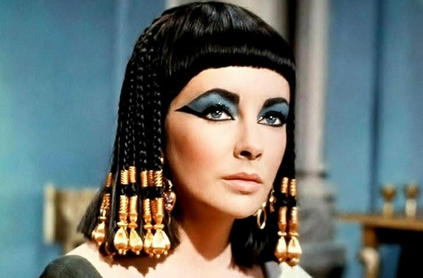 The Hysterical History of Cleopatra script PDF
