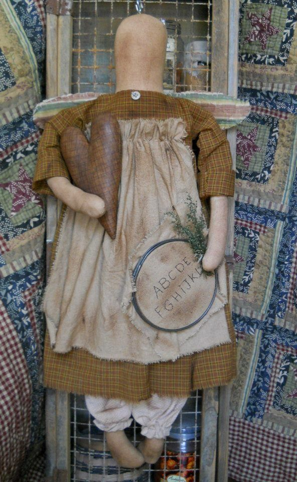 #461 Olde TAttered angel e pattern