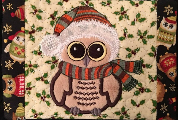 NNC ITH Christmas Owl Mug Rug