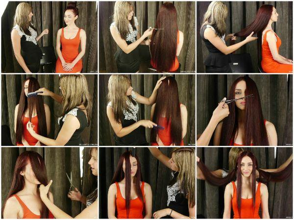 Elle & Siani Hair Play