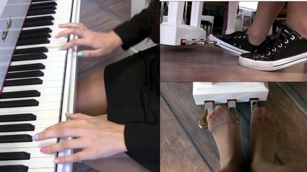 166 : Miss Iris learns how to play a piano : Sonata #1 in sneakers and pantyhose