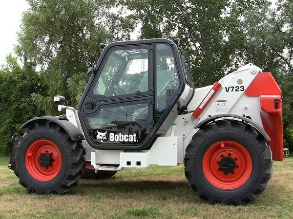 Bobcat V723 VersaHandler Service Repair Manual (S/N A8HL11001 & Above... )