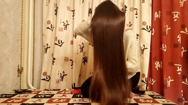 5 Minutes of Anastasia - Hair Brushing, Playing & Braiding on Table