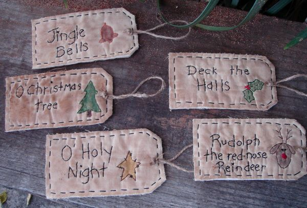 #15 More Christmas Tags E Pattern