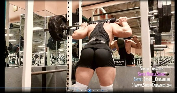 Leg Training In The Gym & Upper Body Posing At Home