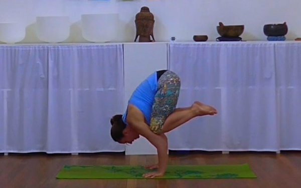 Advance Your Yoga Practice - Bakasana & Parsva Bakasana
