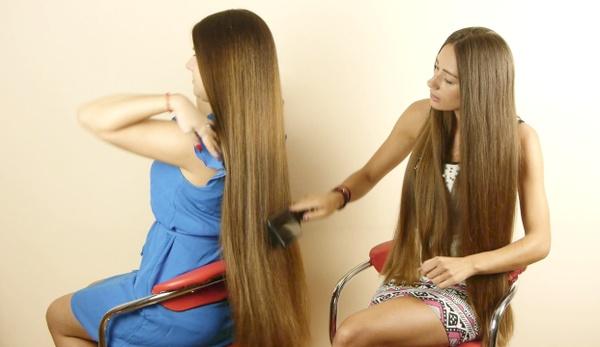 VIDEO - Suzana & Helena - Brush and play