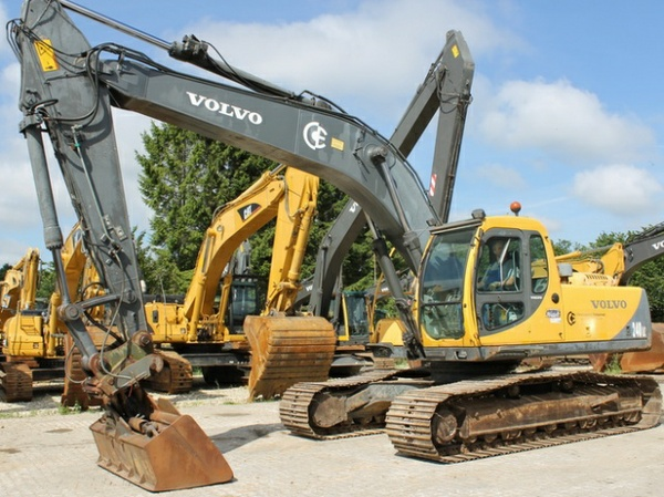 VOLVO EC240 LC EC240LC EXCAVATOR SERVICE REPAIR MANUAL - DOWNLOAD
