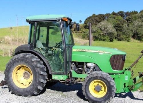 John Deere 5325N, 5425N and 5525N USA Tractors Repair Service Manual (TM2188)