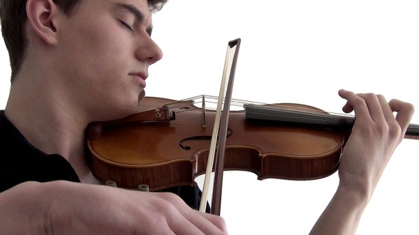 "Violin Electronic Music: ""Howl"" by Stepan Grytsay"