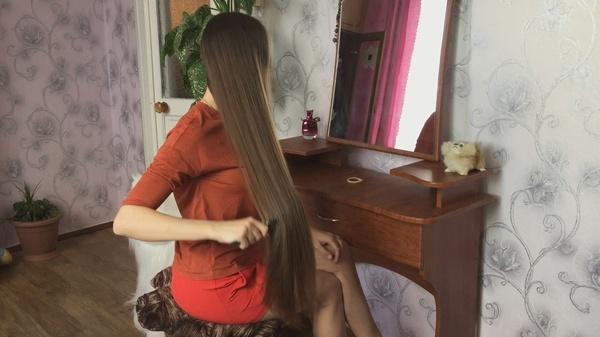 Elena Sazina - Hair Brushing and Braiding in Chair