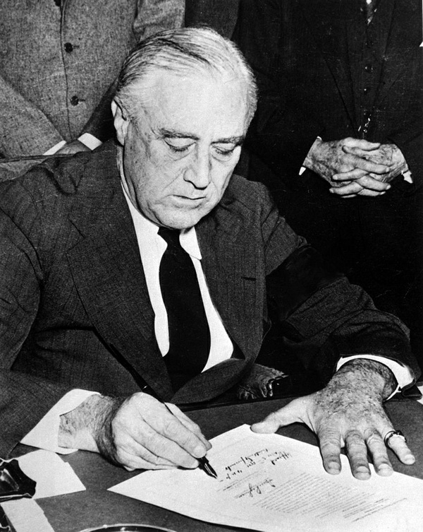 World War II: Pearl Harbor: Franklin D. Roosevelt Presidential Papers