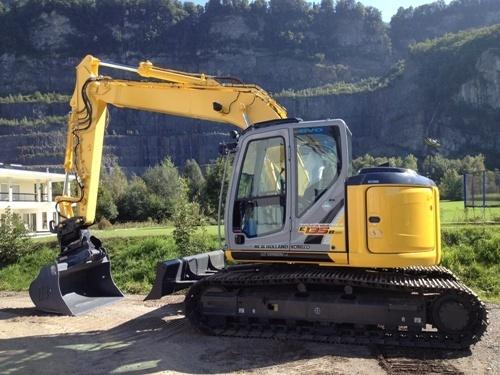 New Holland E135BSR Excavator Service Repair Manual Download