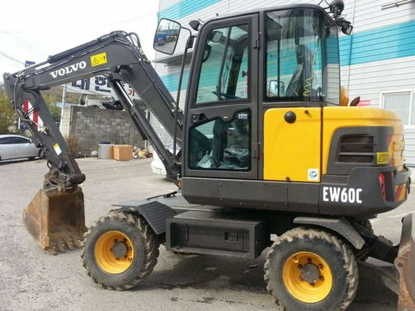 VOLVO EW60C COMPACT WHEEL EXCAVATOR SERVICE REPAIR MANUAL - DOWNLOAD